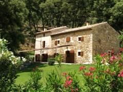 http://www.tauleigne-en-provence.com/images/stories/tauleigne.jpg